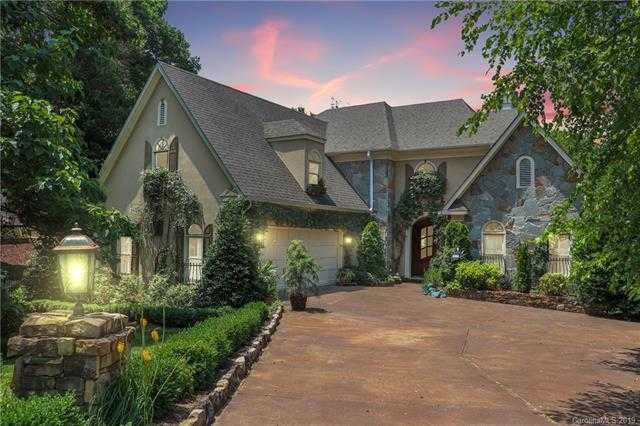 $550,000 - 5Br/5Ba -  for Sale in Riverpointe, Charlotte