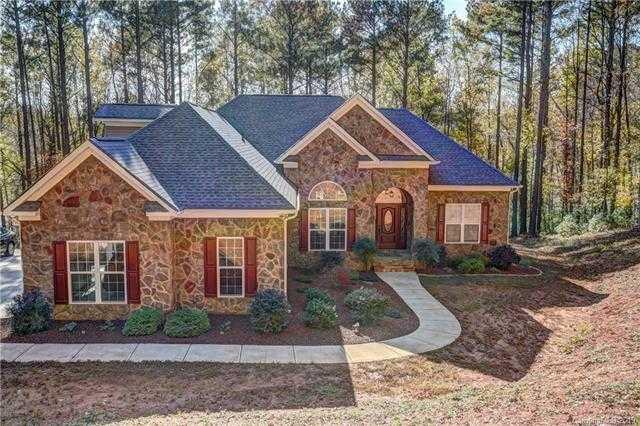 $715,000 - 4Br/5Ba -  for Sale in None, Charlotte