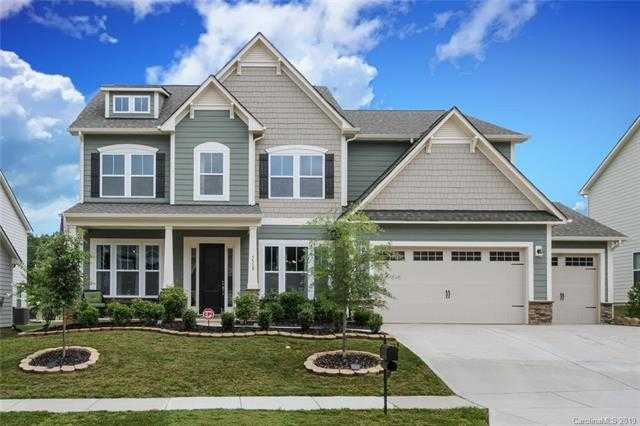 $485,000 - 5Br/5Ba -  for Sale in Lake Ridge, Tega Cay