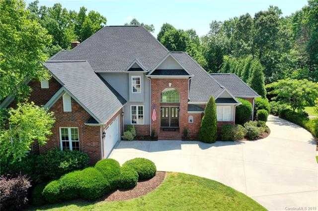 $539,900 - 4Br/4Ba -  for Sale in Tomshire, Gastonia