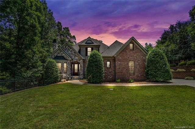 $749,000 - 5Br/5Ba -  for Sale in Cooks Cove, Lake Wylie