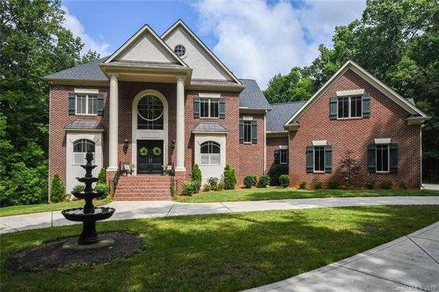$1,000,000 - 6Br/5Ba -  for Sale in Canterfield Estates, Matthews