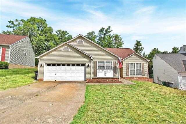 $215,000 - 3Br/2Ba -  for Sale in Mallard Woods, Charlotte