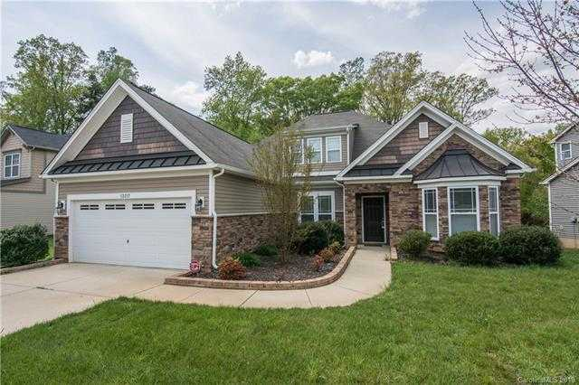 $317,900 - 4Br/3Ba -  for Sale in Reunion, Charlotte