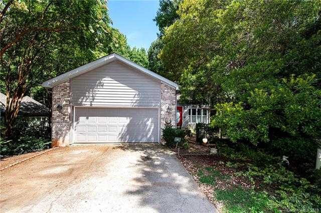 $324,000 - 4Br/4Ba - for Sale in River Hills, Lake Wylie