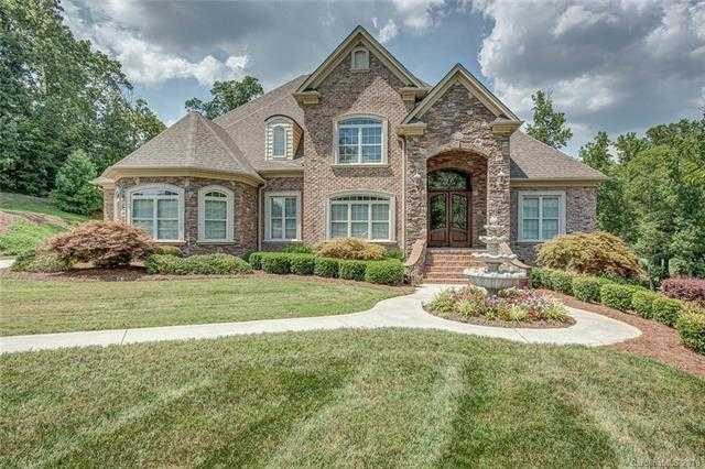 $639,900 - 4Br/5Ba -  for Sale in Waterford Green, Gastonia