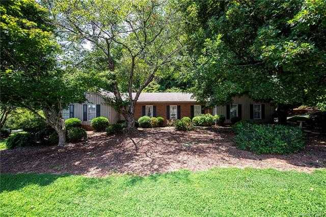 $350,000 - 4Br/3Ba - for Sale in River Hills, Lake Wylie