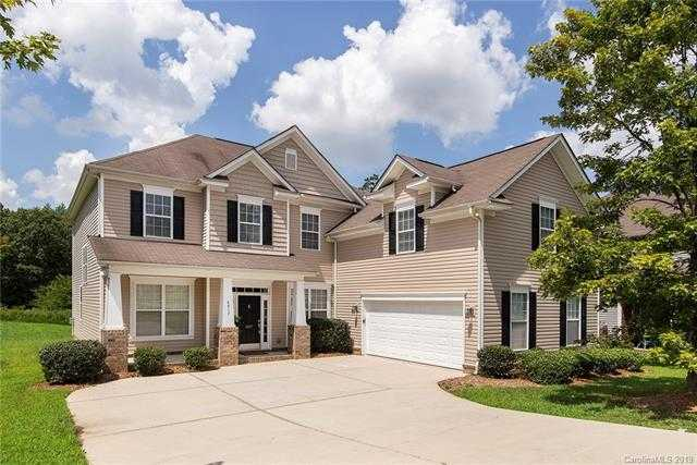 $379,000 - 5Br/3Ba -  for Sale in Highland Creek, Charlotte