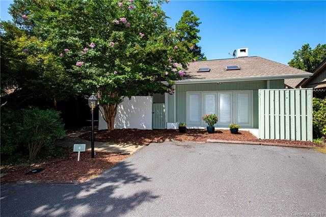 $324,900 - 4Br/4Ba -  for Sale in River Hills, Lake Wylie