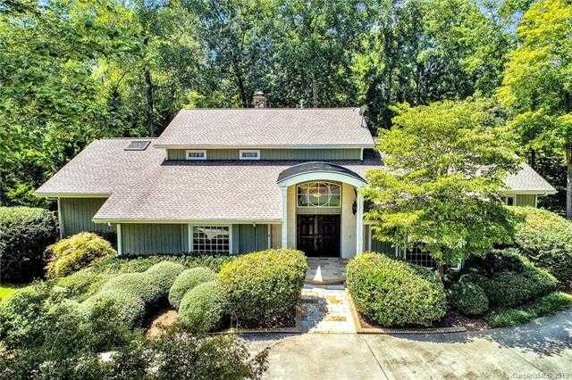 $625,000 - 4Br/3Ba -  for Sale in River Hills, Lake Wylie