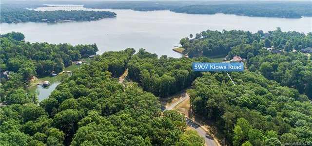 $275,000 - Br/Ba - for Sale in Kiowa Pointe, Lake Wylie