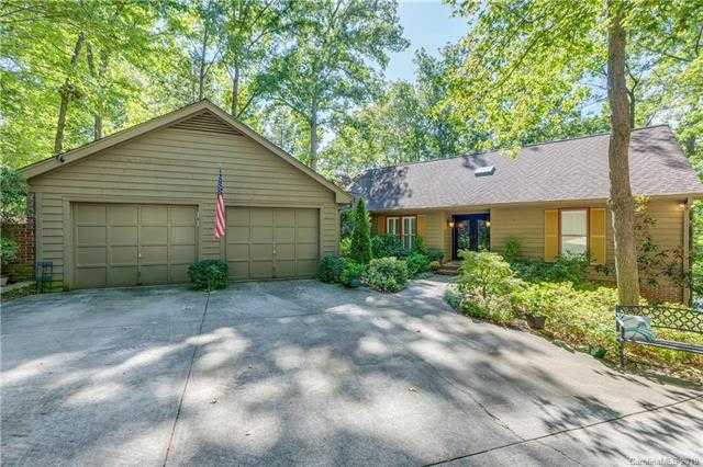 $889,900 - 4Br/4Ba -  for Sale in River Hills, Lake Wylie