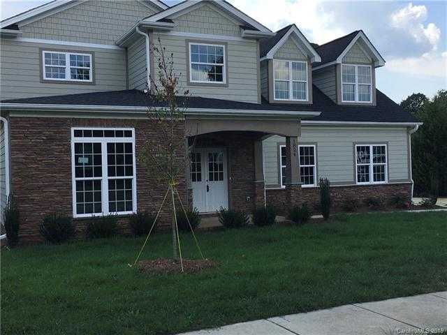 $468,000 - 5Br/4Ba -  for Sale in Highland Creek, Charlotte