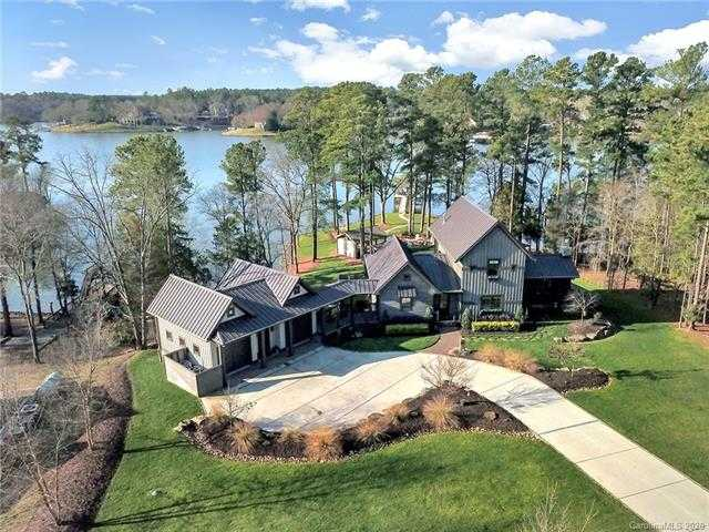 $1,450,000 - 4Br/4Ba -  for Sale in Lake Wylie, York