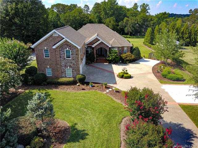 $564,000 - 4Br/4Ba -  for Sale in None, Mint Hill