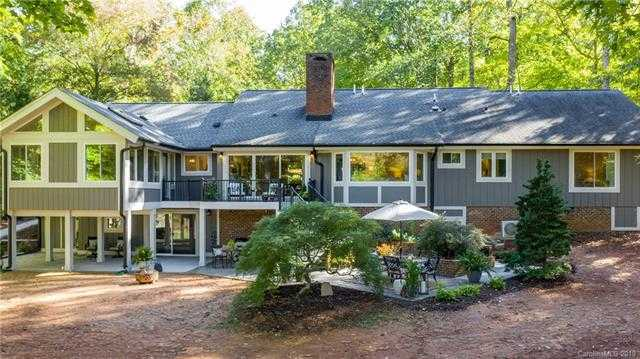 $850,000 - 5Br/4Ba - for Sale in River Hills, Lake Wylie