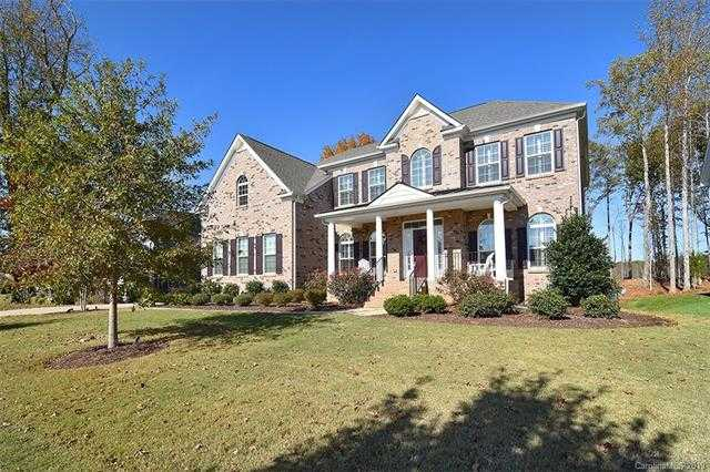 $620,000 - 6Br/7Ba -  for Sale in Summerwood, Mint Hill