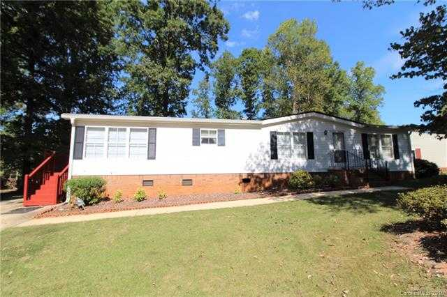 $124,900 - 3Br/2Ba -  for Sale in Southwoods, Lake Wylie