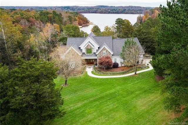 $925,000 - 5Br/6Ba -  for Sale in None, Concord