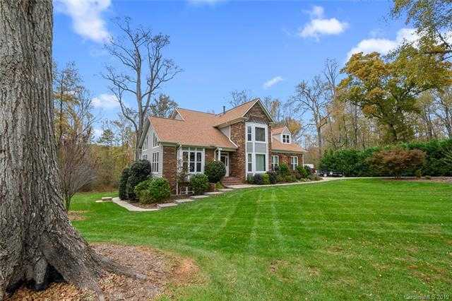 $599,900 - 5Br/4Ba -  for Sale in Eagle Woods, Mint Hill