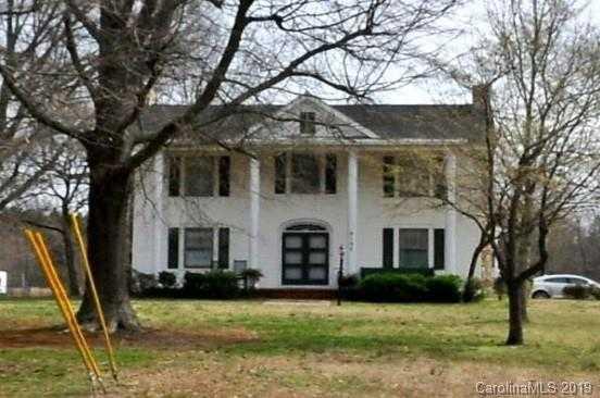 $1,300,000 - 5Br/3Ba -  for Sale in None, Huntersville