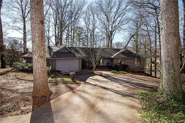 $855,000 - 4Br/4Ba - for Sale in River Hills, Lake Wylie