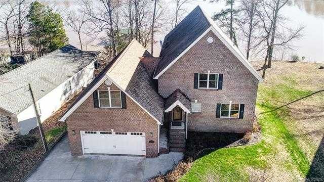 $684,000 - 4Br/3Ba - for Sale in Riverfront, Lake Wylie