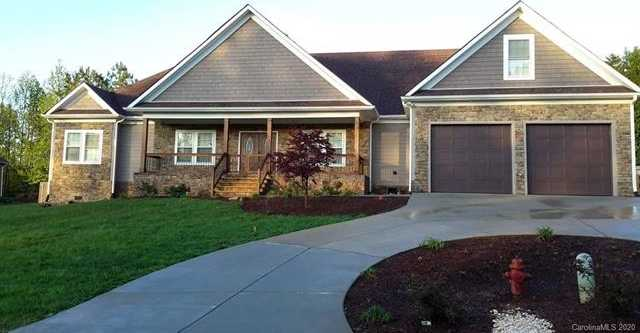 $533,000 - 4Br/2Ba - for Sale in Timberlake, Belmont