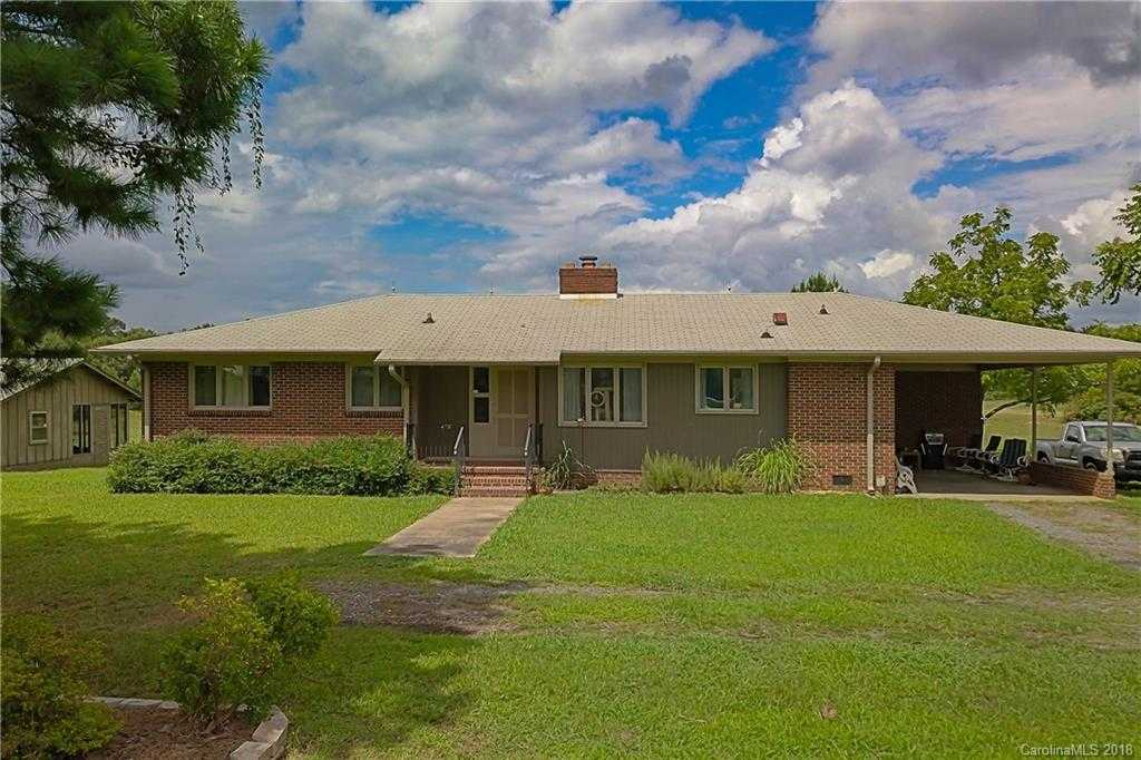 $940,000 - 3Br/2Ba -  for Sale in None, Rock Hill