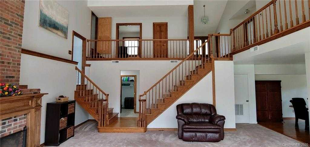 $425,000 - 4Br/2Ba -  for Sale in Lake Wylie Estates Iii, Clover