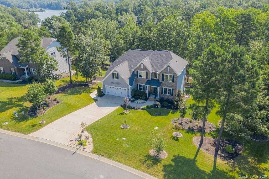$674,500 - 4Br/4Ba -  for Sale in Somerset At Autumn Cove, Clover