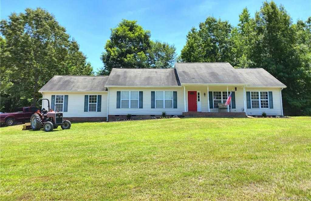 $399,900 - 3Br/2Ba -  for Sale in None, York