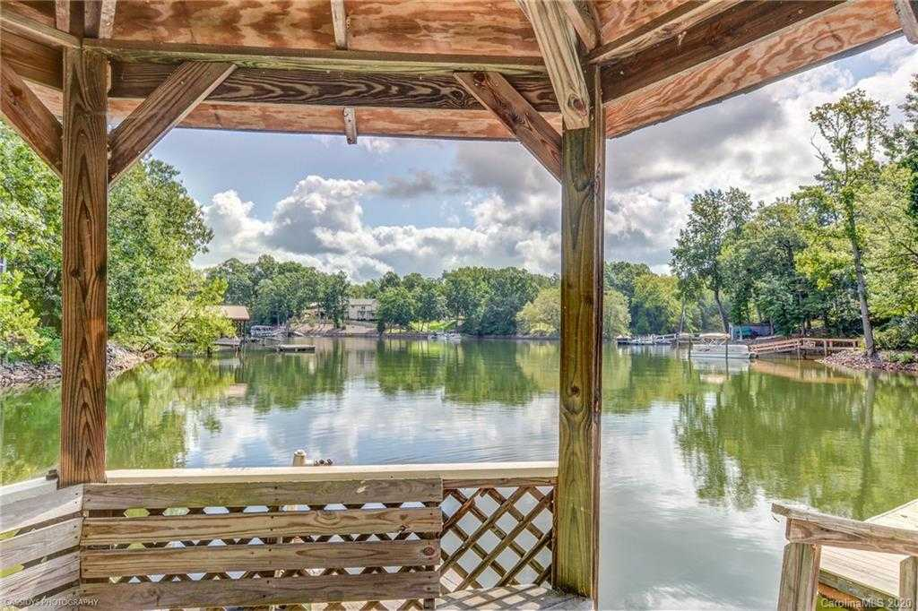 $1,099,000 - 4Br/3Ba -  for Sale in None, Rock Hill