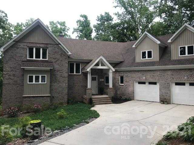 $1,375,000 - 4Br/6Ba -  for Sale in The Coves, Lake Wylie