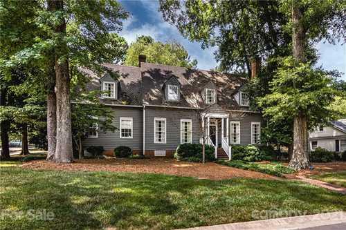 $1,700,000 - 4Br/3Ba -  for Sale in Eastover, Charlotte