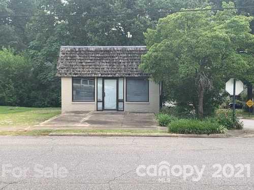 $59,900 - Br/1Ba -  for Sale in None, Statesville