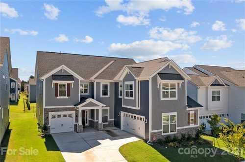 $610,000 - 5Br/4Ba -  for Sale in Ramseys Glen, Huntersville