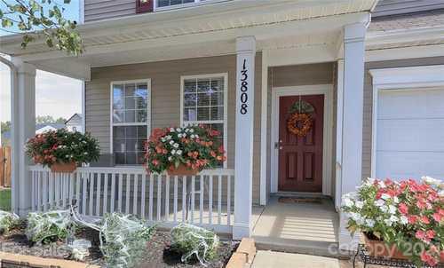 $350,000 - 4Br/3Ba -  for Sale in Kingstree, Charlotte