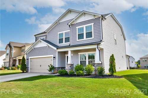 $459,900 - 5Br/4Ba -  for Sale in Haywyck Meadows, Charlotte