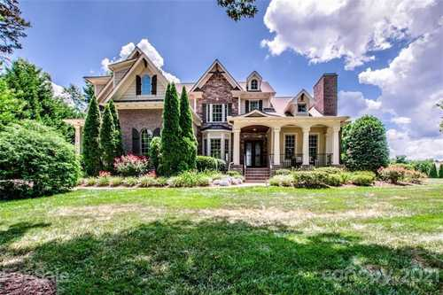 $1,375,000 - 4Br/6Ba -  for Sale in The Point, Mooresville