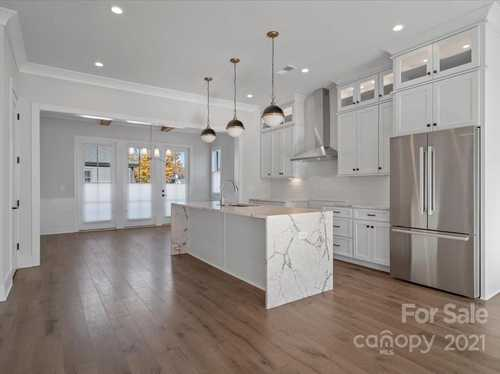 $1,024,000 - 3Br/5Ba -  for Sale in Myers Park, Charlotte
