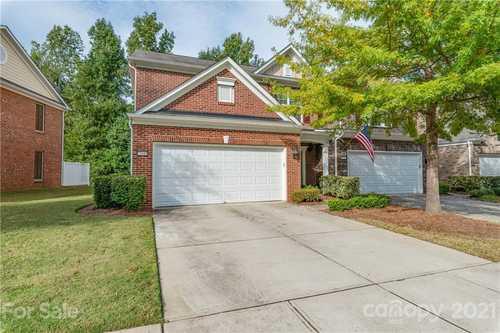 $395,000 - 3Br/3Ba -  for Sale in Ardrey Kell Villages, Charlotte