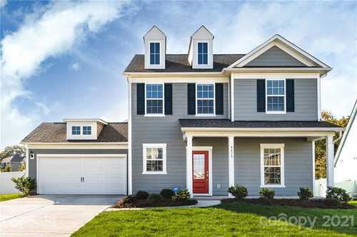 $525,000 - 4Br/3Ba -  for Sale in Mccullough, Fort Mill