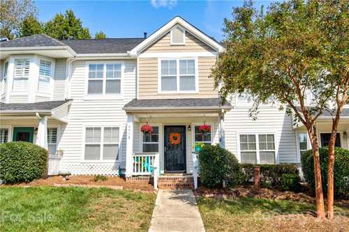 $276,000 - 2Br/3Ba -  for Sale in Carmel Heights, Charlotte