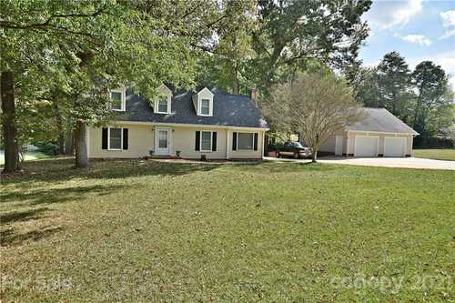$330,000 - 4Br/3Ba -  for Sale in Camelot Woods, Rock Hill