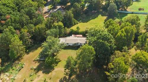 $315,000 - 3Br/2Ba -  for Sale in Caroland Acres, Fort Mill