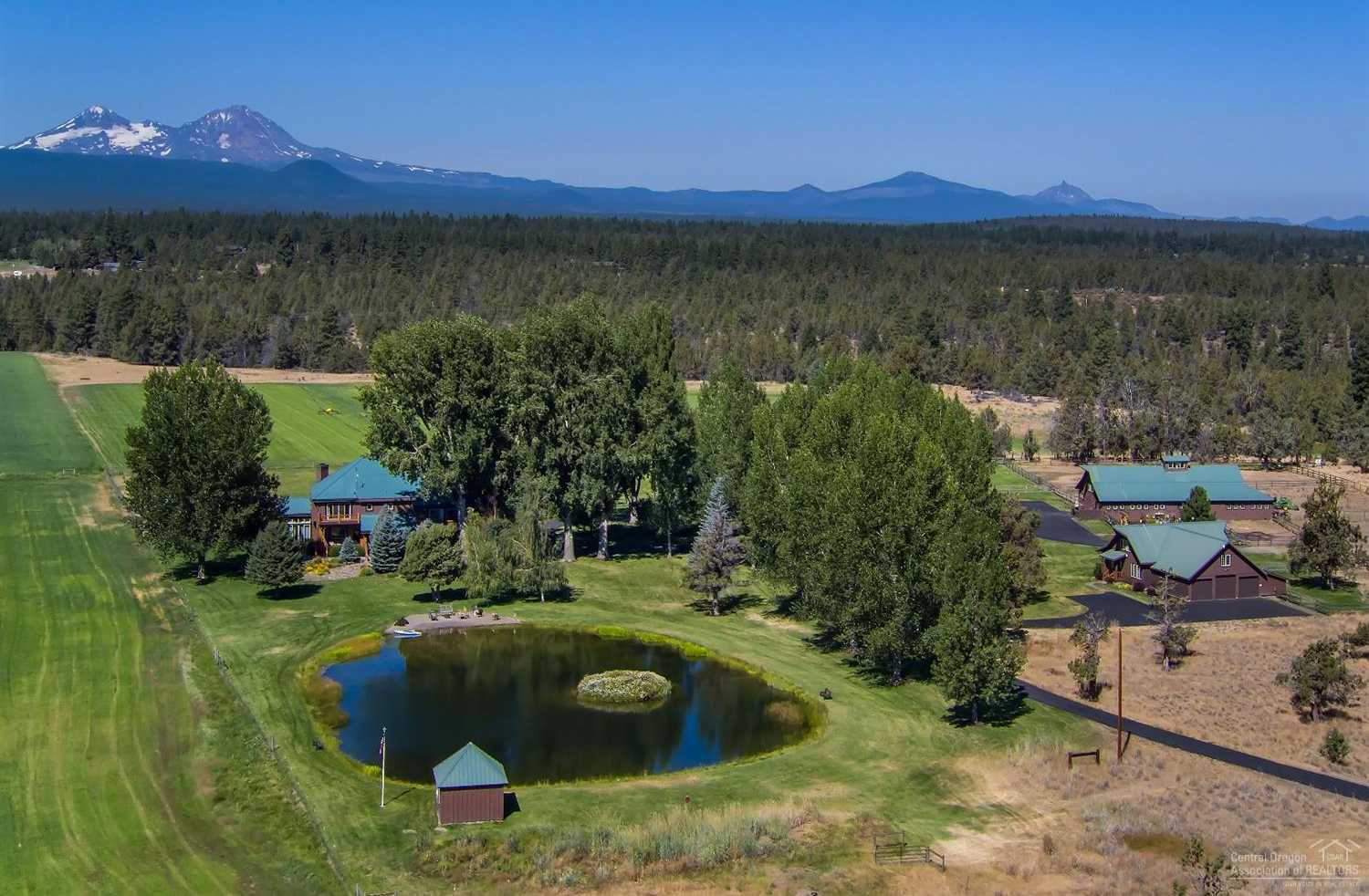 $6,550,000 - 4Br/6Ba -  for Sale in Bend