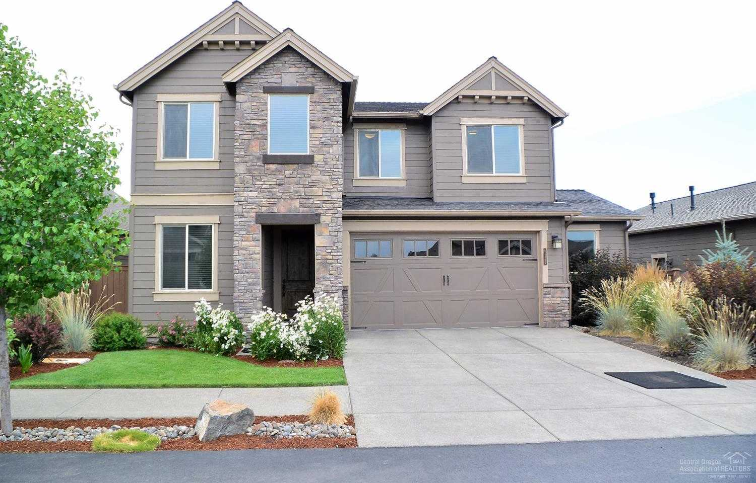 $530,000 - 4Br/3Ba -  for Sale in Bend