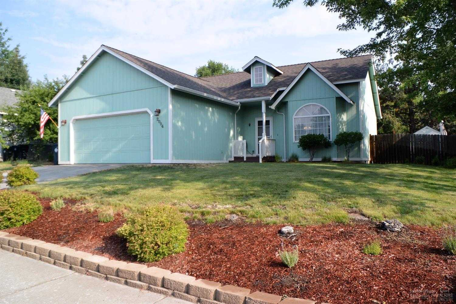 $299,900 - 3Br/2Ba -  for Sale in Bend