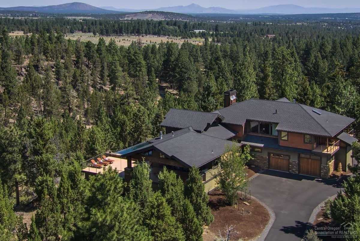 $3,300,000 - 3Br/4Ba -  for Sale in Bend